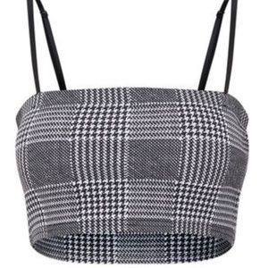 NEW WITH TAGS PrettyLittleThing Checker Crop Top